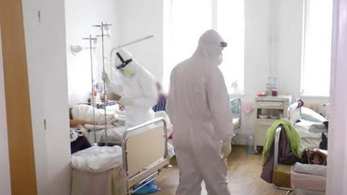В Киеве COVID-пациентов будут лечить в роддомах и детских больницах