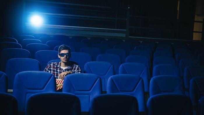 Кинотеатры в США отменяют обязательное ношение масок
