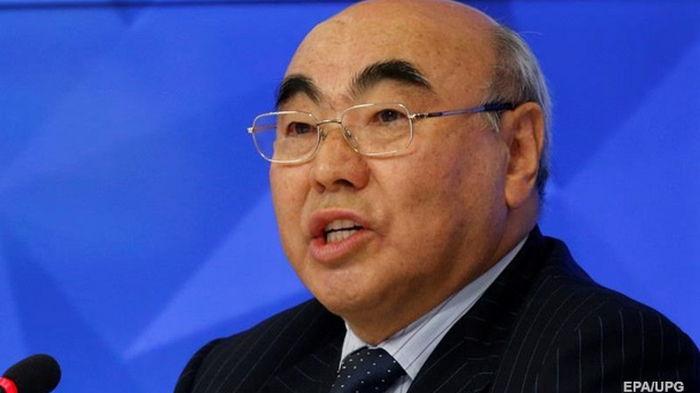 В Кыргызстане двух экс-президентов объявили в розыск