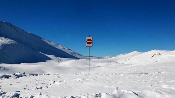 В России трое украинских альпинистов пострадали при сходе лавины