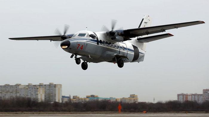 В России после жесткой посадки загорелся самолет