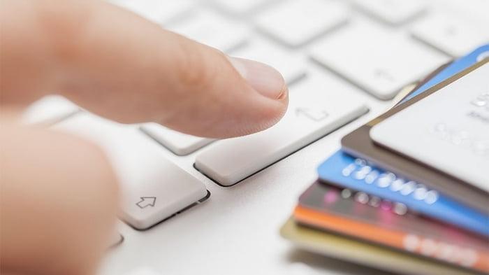 Онлайн кредит: преимущества и недостатки