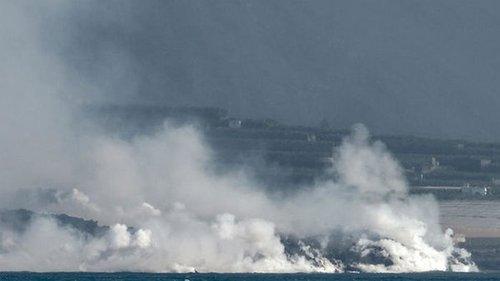 Остров Ла-Пальма расширился из-за извержения вулкана