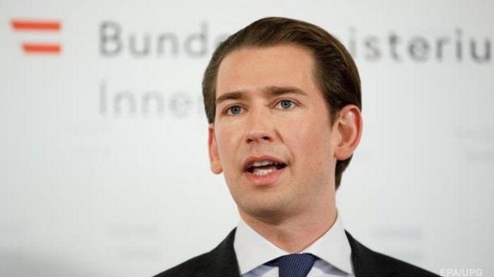 В Австрии проходят обыски в офисе канцлера по делу о коррупции