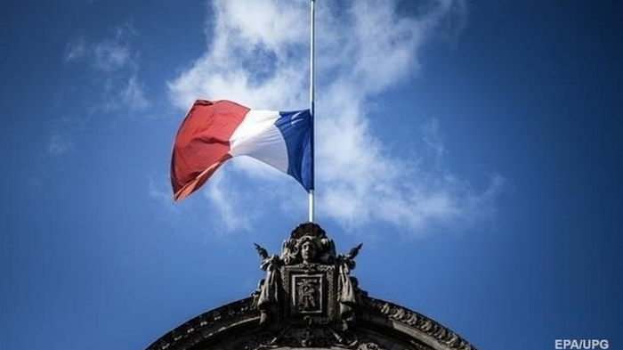 Франция угрожает пересмотреть рыболовные соглашения с Британией
