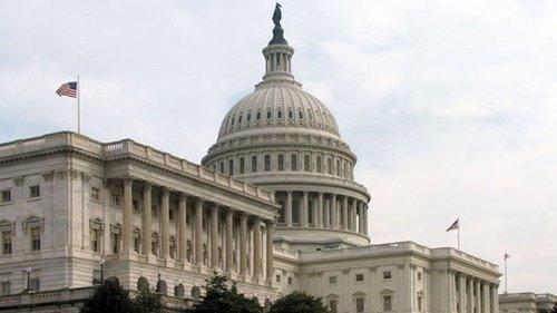 Сенат США принял временные меры для избежания дефолта