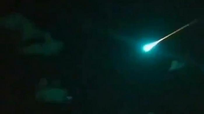 В Мексике яркий метеорит поджег растительность (видео)