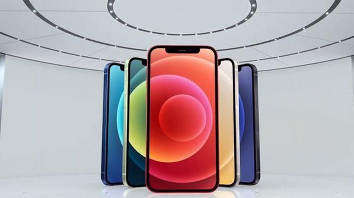 Apple показала цену официального ремонта iPhone 12. Спойлер: дорого