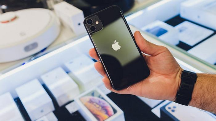 Apple потеряла $100 млрд рыночной стоимости из-за падения продаж iPhone