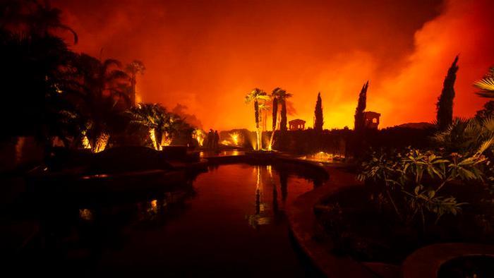 Пожары в США. Калифорния снова горит: эвакуированы более 90 000 человек – фото