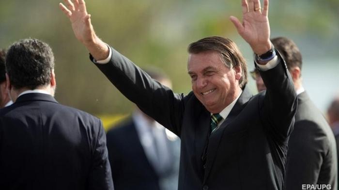Президент Бразилии заявил о скором конце пандемии