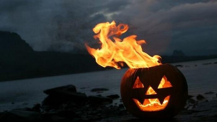 Хэллоуин-2020: главные обычаи, приметы и запреты мистического дня