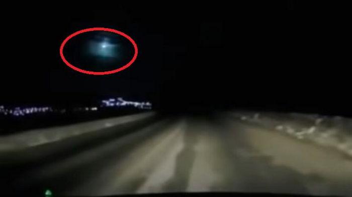 В небе над Камчаткой взорвался метеорит (видео)