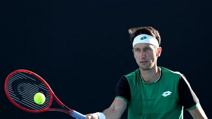Стаховский потерпел поражение во втором круге турнира в Мельбурне