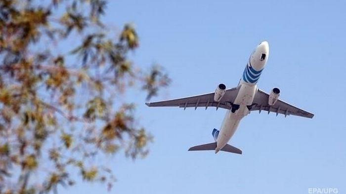 Шмыгаль пообещал украинцам дешевые авиаперевозки