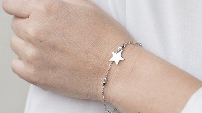 Серебряные браслеты: виды и лучшие варианты для покупки